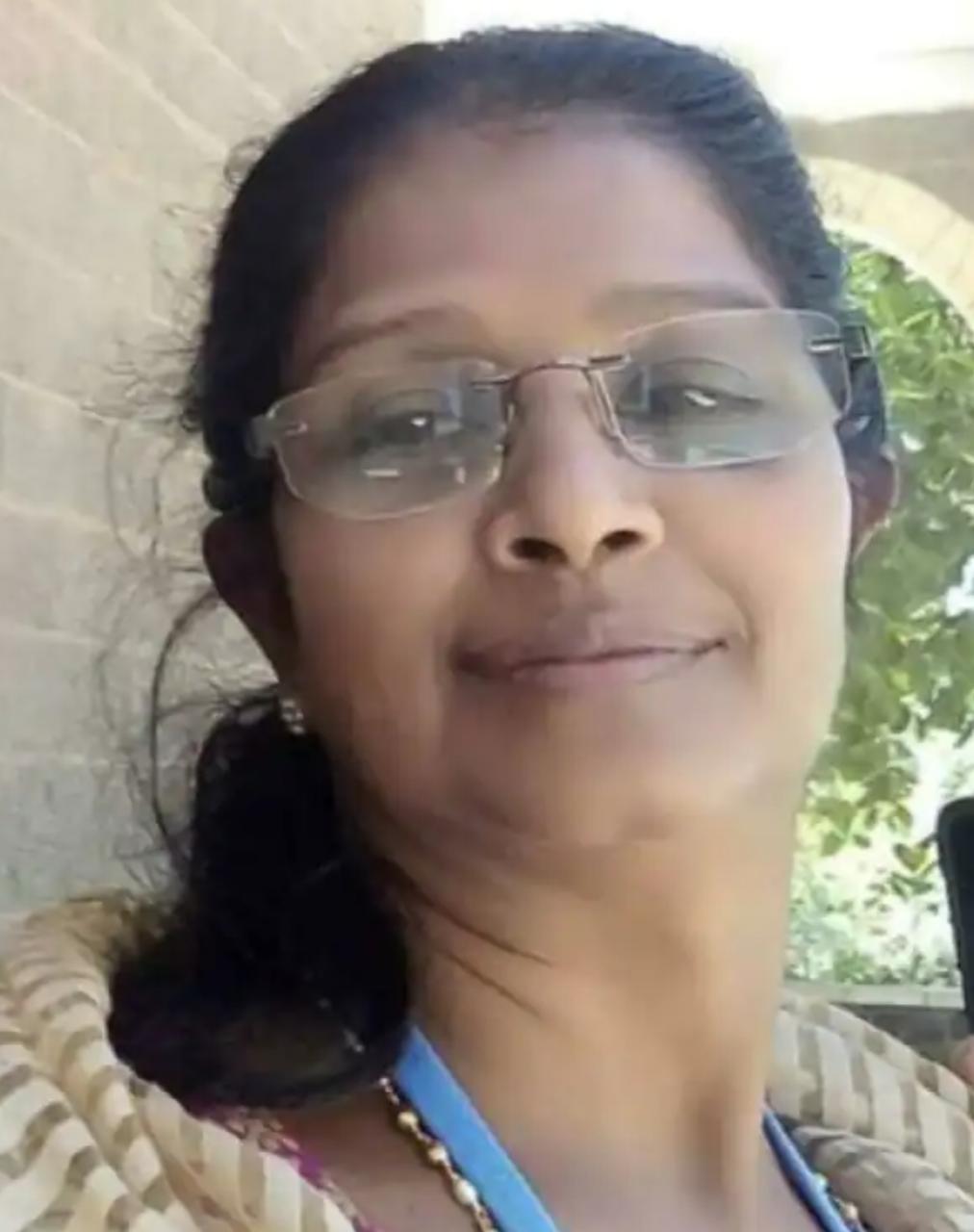 കാറും ലോറിയും ഇടിച്ചു  ചീഫ് സെക്രട്ടറി വി.പി. ജോയിയുടെ സഹോദരി മരിച്ചു