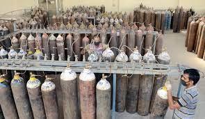 ഓക്സിജൻ  24 മണിക്കൂർ പോലും തികയില്ല, 300 ടൺ  അടിയന്തിരമായി വേണം  - പ്രധാനമന്ത്രിക്ക് മുഖ്യമന്ത്രിയുടെ കത്ത്